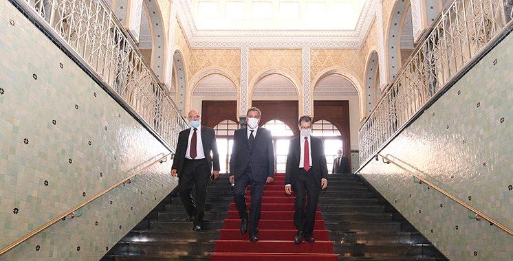 Passation-de-pouvoirs-entre-M.-Saad-Dine-El-Otmani-et-le-nouveau-Chef-du-gouvernement-M.-Aziz-Akhannouch